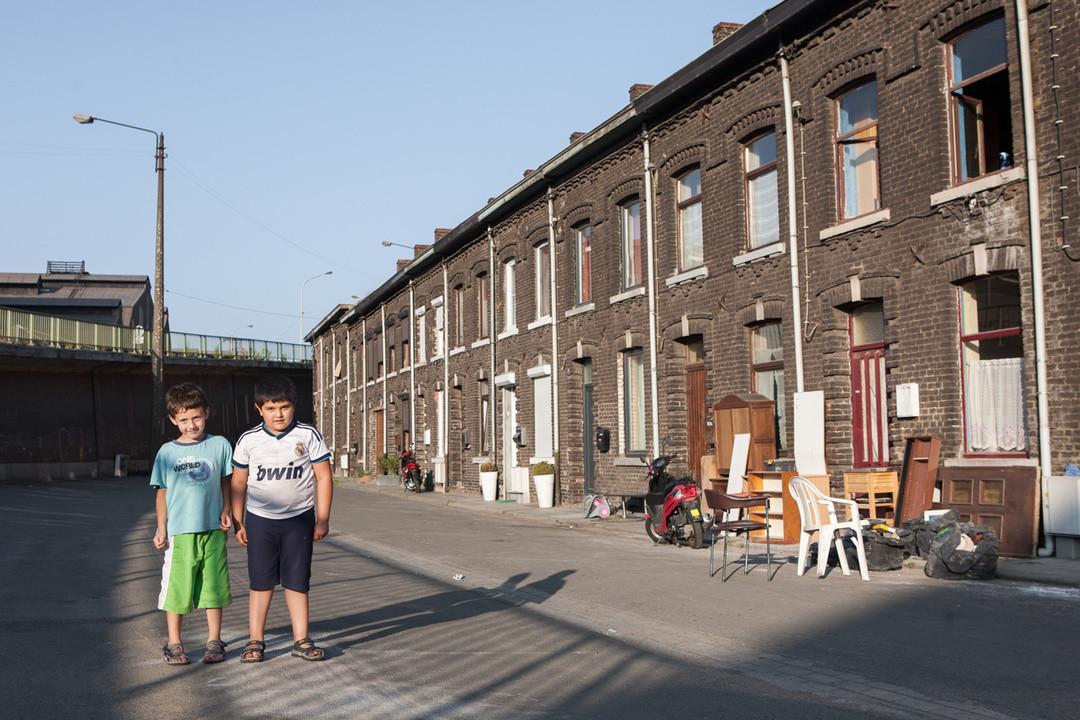 Souvenir de Charleroi   Derk Zijlker   NEW DAWN
